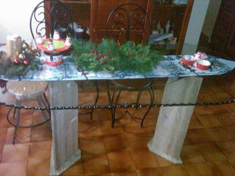 Mesa de comedor con base de marmol