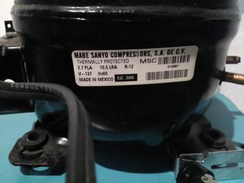 Compresor 1/4 Nuevo En Su Caja Con Todo nuevo