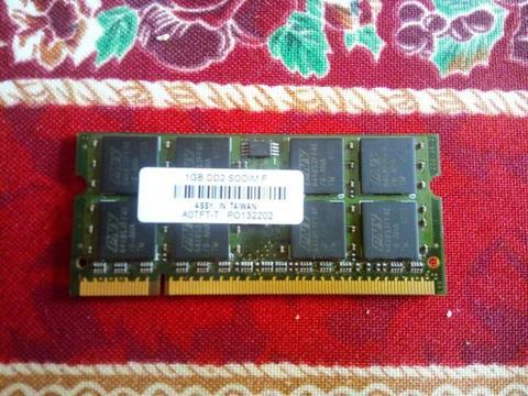 Memoria Ram Sdram Ddr2 Para Laptop De 1gb