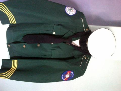 vendo uniforme de gala liceo gran mariscal de ayacucho
