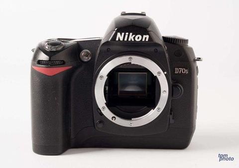 cuerpo nikon d70 sin lente