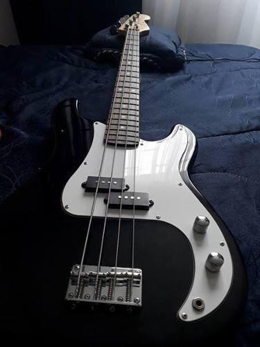 vendo o cambio bajo electrico en excelentes condiciones gsw jazz bass