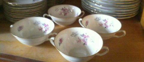 Vajilla Porcelana 4 Puestos. 20 Piezas